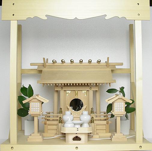 神棚 板葺一社宮〈I-28〉+神具セット(ハーフ・中)+神棚板+雲板(中)のセット